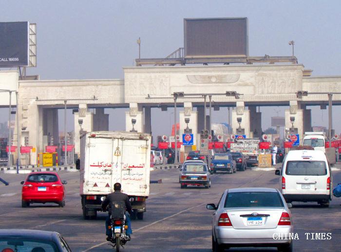 01高速公路入口.jpg