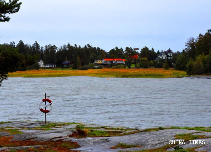 012湖畔小景2(摄影:冯赣勇.jpg