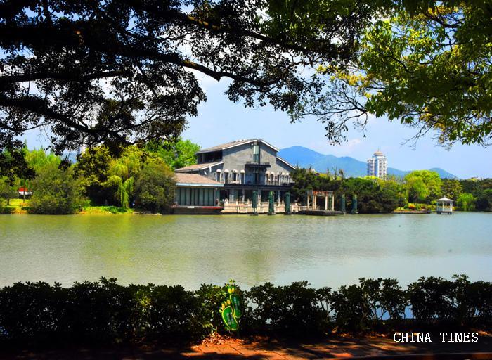 021共青湖.jpg